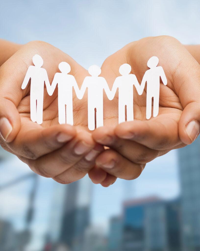 יד עם אנשים תרומה לקהילה של גלובל נטוורקס